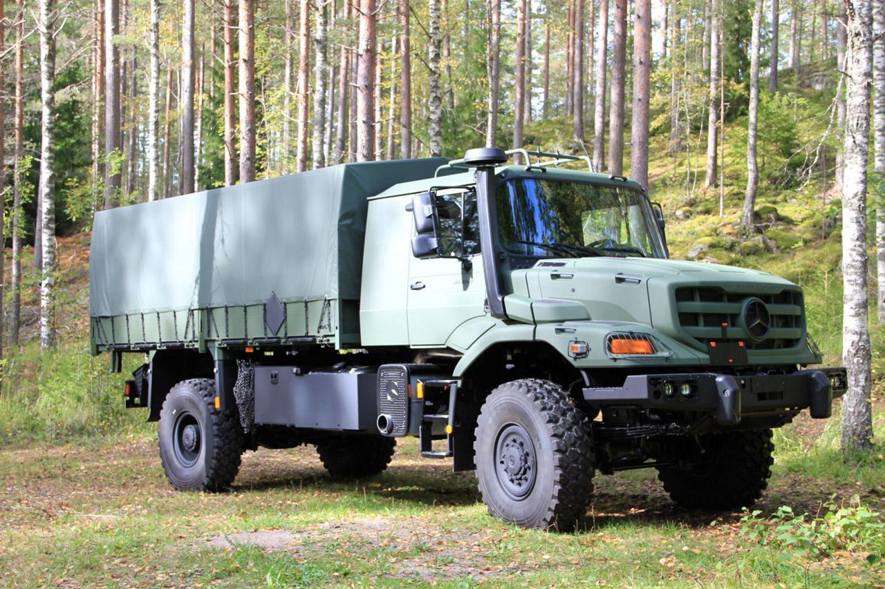Zetros 6x6 logistics mobility platform